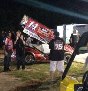 Tony Stewart Sprint Car Crash Kills Driver Kevin Ward Jr ( Tony Stewart Pit )